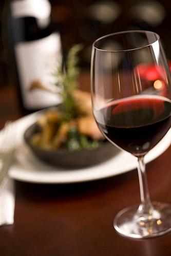 Blog Vinho Tinto faz divulgação de curso