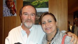 Sociólogo José Sobral e Rachel Alves da Amigas do Vinho-DF