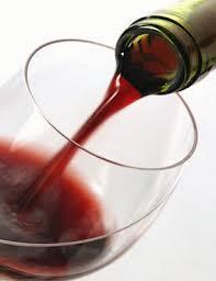 Cientistas descobrem que vinho é arma contra cárie