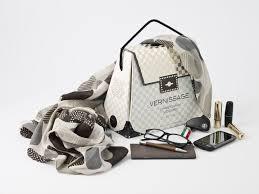 Vernissage - Vinho em embalagem bag in box em forma de bolsa