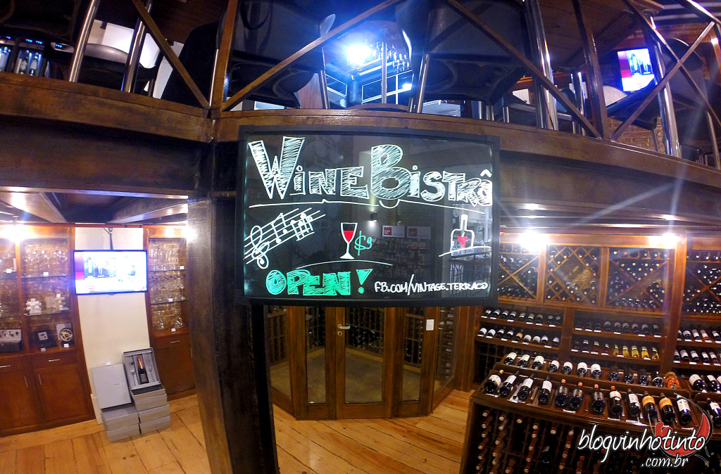 Brasília tem agora um novo Winebar - o Wine Bistrô que funciona no mezanino da Vintage do Terraço