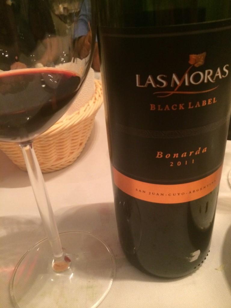 Bonarda Black Label Las Moras - o melhor vinho da degustação