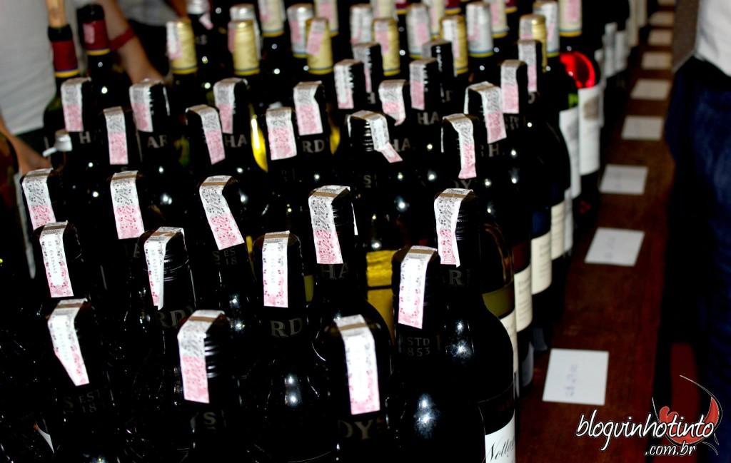 Wine Friday - oportunidade para degustar vinhos de 15 países e comprar os que mais gostou com super descontos, como nos famosos Black Fridays
