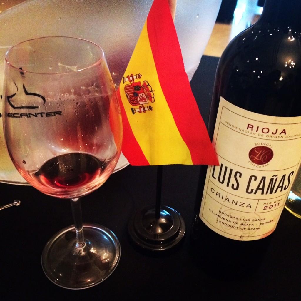 Luis Canas Crianza - Bem estruturado e com bastante persistência.
