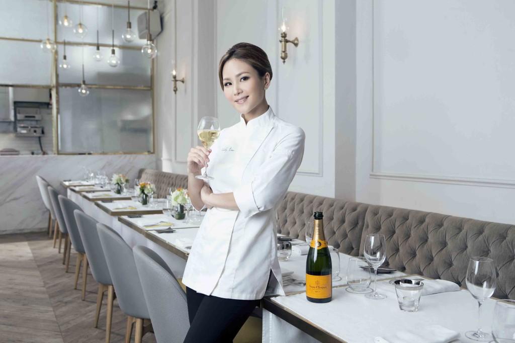 Vicky Lau, chef e proprietária do Restaurante Tate Dining Room, em Hong Kong (China), foi anunciada a grande vencedora do Prêmio Veuve Clicquot Best Female Chef Asia 2015