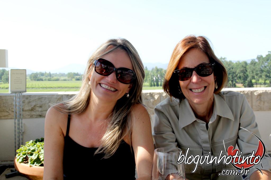 Comemorando o sucesso da parceria do Blog Vinho Tinto e do Hotel California Blog - trabalho e amizade!