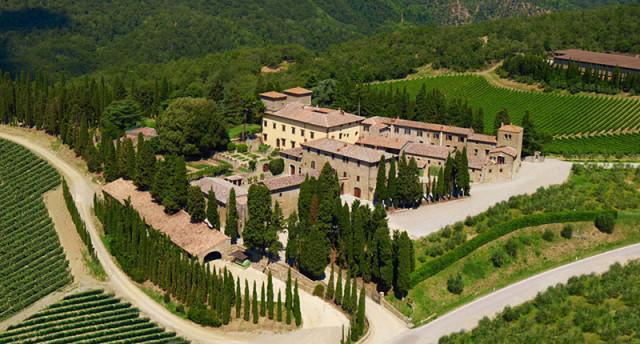 Castello D'Albola na Toscana - uma das nove vinícolas que serão visitadas durante o Tour