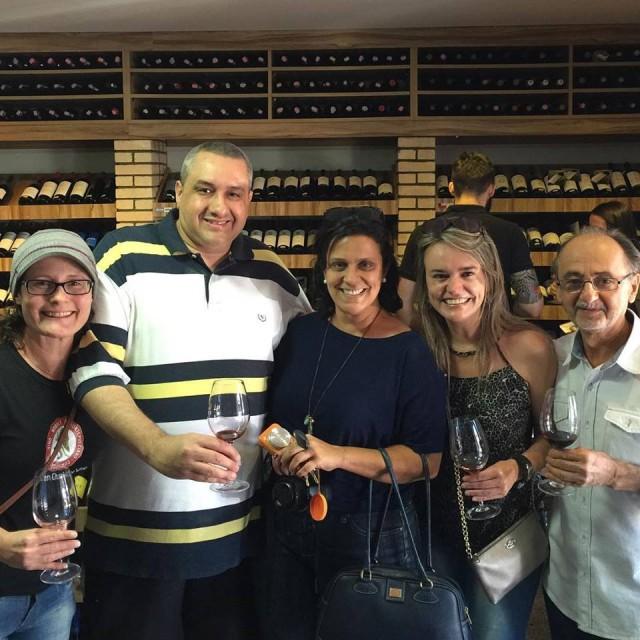 Degustações de vinhos - oportunidade de aprendizado e de fazer novos amigos