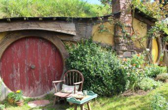 (Hobitton) Do cinema à vinícola: o homem que ajudou na criação de Hobbiton, e inspirou o paisagismo da trilogia Senhor dos Anéis, agora está assessorando a transformação da Jackson Estate.