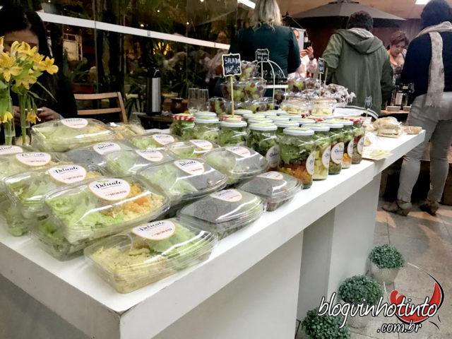 Um Espaço Gourmet com 18 estações das mais variadas comidas e petiscos foi montado durante a VII edição do Brinda Brasil