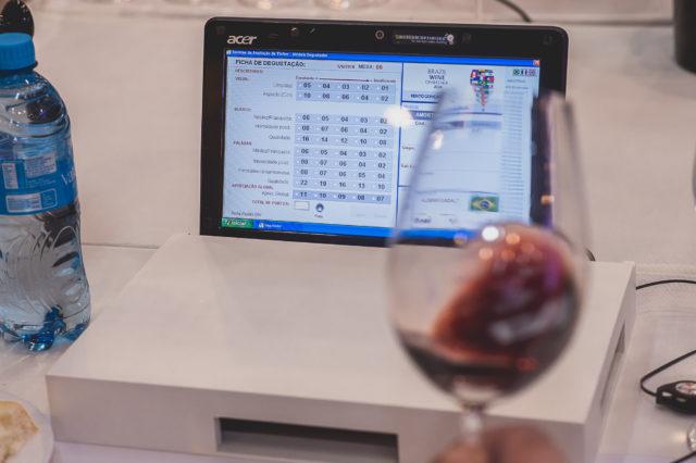 Implantado ainda na edição de 2010, o sistema informatizado do Brazil Wine Challenge apresenta excelente desempenho, colocando a avaliação entre as mais organizadas do mundo