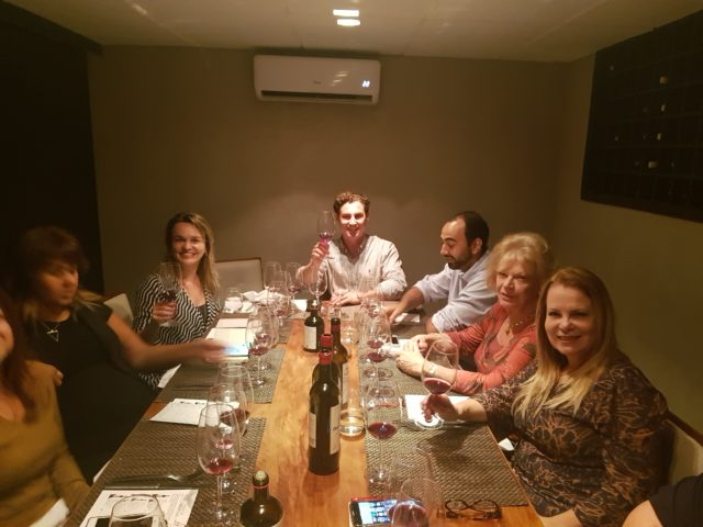 Almoço no Bloco C com vinhos da Château Le Puis e presença do enólogo Harold Langlais