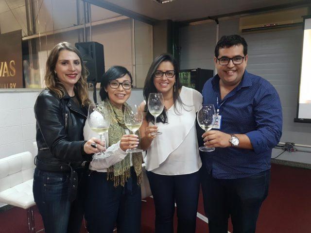 Eu (Bianca Dumas), Elmarie Botes, Dani (do insta @vinhosdaminhavida) e Fred Benjamim, da Porto a Porto