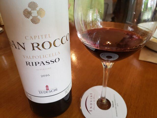 Capitel San Rocco Valpolicella 2016 é produzido por meio de uma técnica de vinificação conhecida como Ripasso
