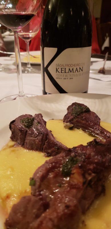 O Kelman Alfrocheiro do Dão foi o pior da noite - o vinho estava desequilibrado com muito álcool e pouca acidez.