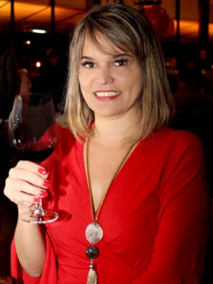 Etiene Carvalho