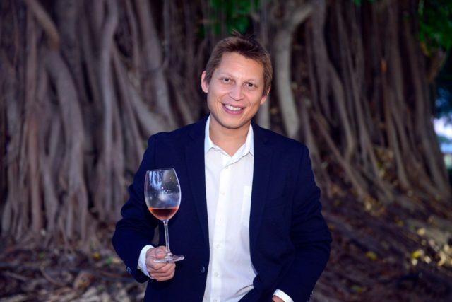 Sommelier Rafael Sá que promoverá o curso de vinhos no D'Lurdes