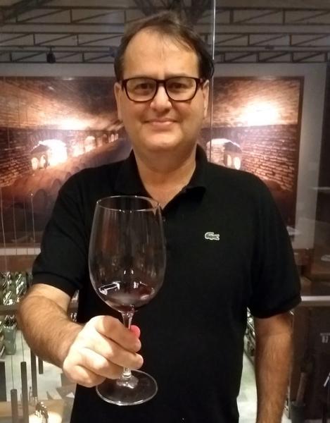 Marcelo Asnis - Proprietário da Somm Academy