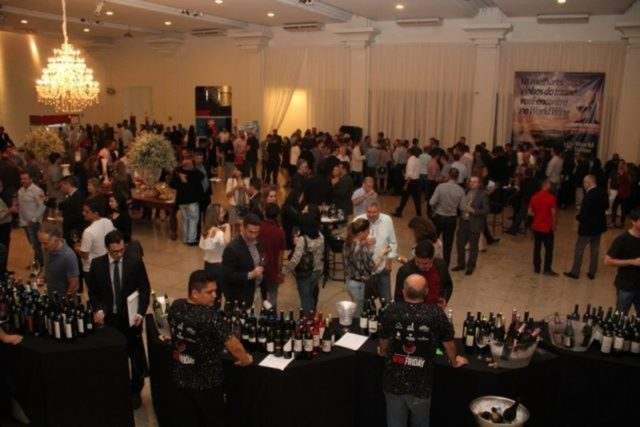 Este ano o Wine Friday acontecerá no Restaurante Dom Francisco da Asbac