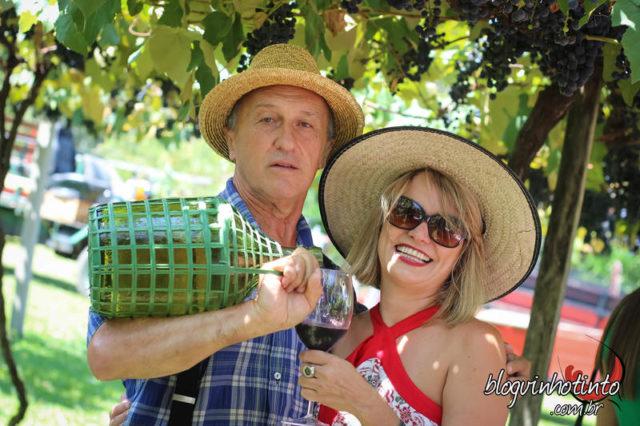Eu e Roberto Cainelli, responsável pela reabertura da vinícola Cainelli em 2004