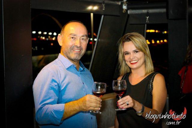 Antonello Monardo e Etiene Carvalho, do Blog Vinho Tinto