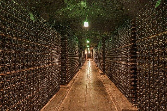 Estoque de vinhos alto nas vinícolas europeias