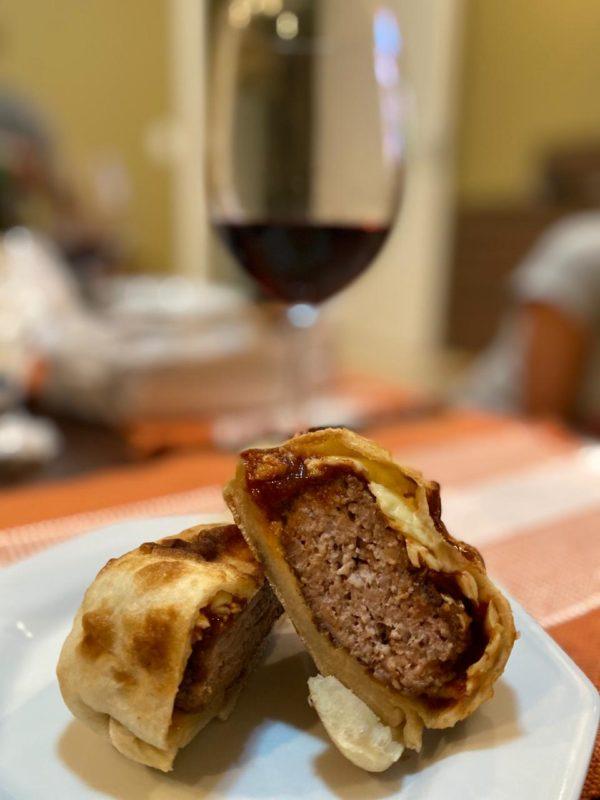 Wine Garden - Pig Burger - c