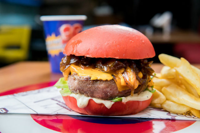 Super Cheddar_Dólar Furado Burger_Foto de Thiago Bueno