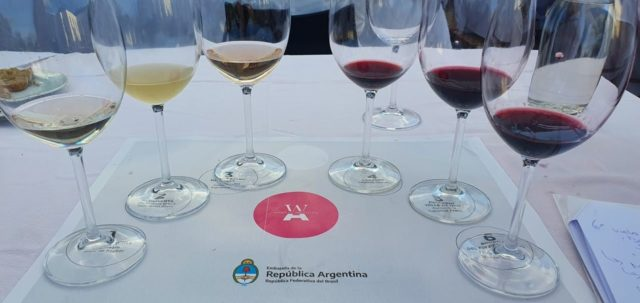 Embaixada da Argentina - Vinhos Argentinos feitos por mulheres