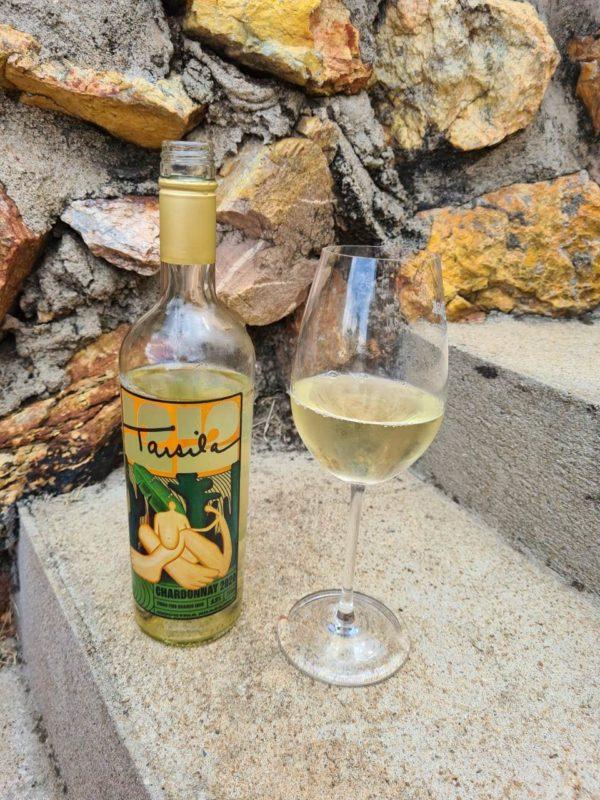 O refrescante Chardonnay que ostenta Antropofagia em seu rótulo. Perfeito!