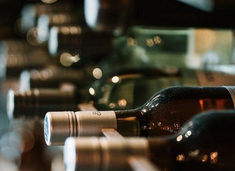 Ambev importa vinho