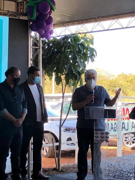 Presidente da ABS-DF, Sergio Pires, discursa no evento